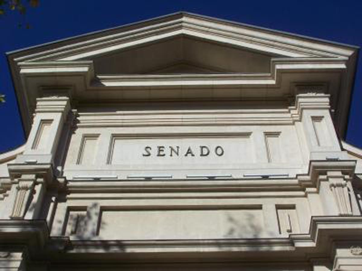 https://www.johermol.es/wp-content/uploads/2017/10/senado.jpg